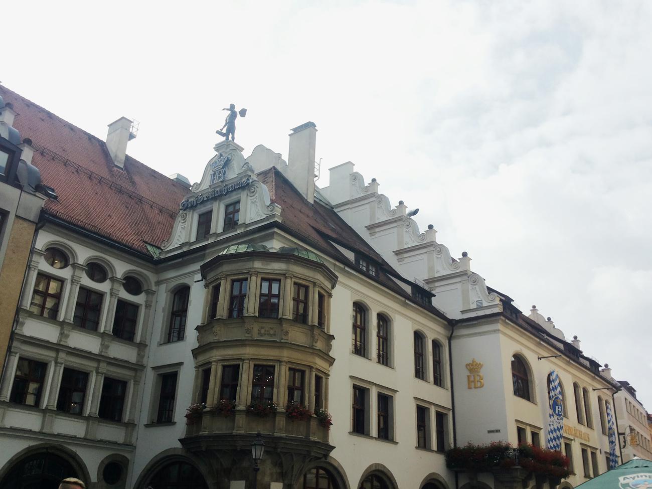Мюнхен, Анна Симуткина