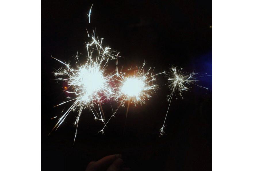 Бенгальские огни, фото Анастасии Олипы