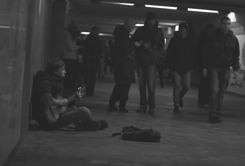Музыкант в переходе